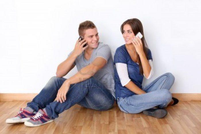 О чем поговорить с девушкой по телефону