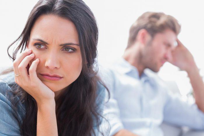 девушке не хватает эмоций в отношениях с парнем