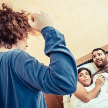 Как избавиться от любовника жены