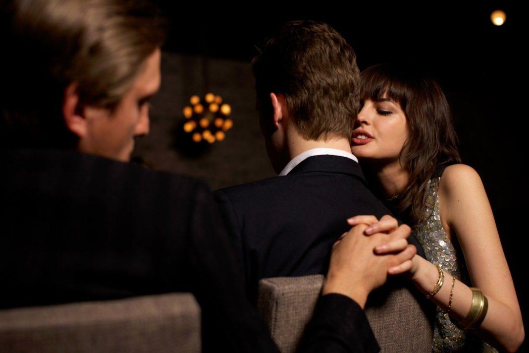 наказать любовника жены