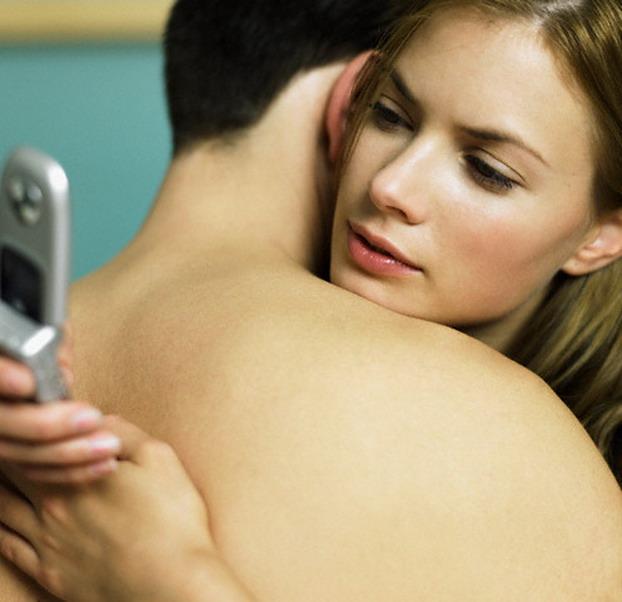 Как понять свою девушку?