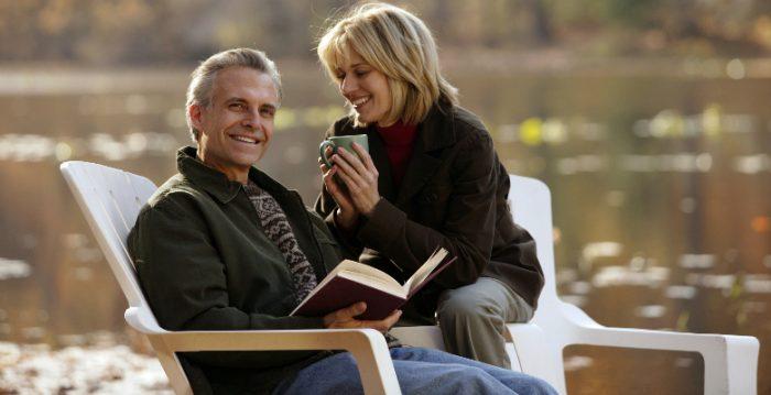 Мнение общества на счет союза зрелого мужчины и молодой девушки