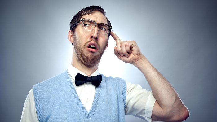 Существуют ли глупые люди, которые неправы в своих суждениях?