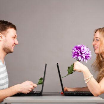 Общение в онлайн-чатах