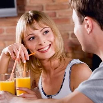 Как девушку развести на секс на первом
