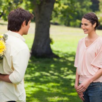 Нужно ли и как доказывать свою любовь женщине