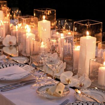 Как украсить свадьбу свечами?